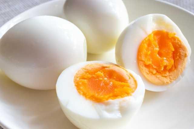 ゆで卵の画像です